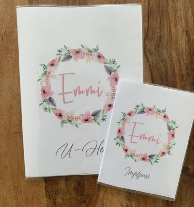 U-Heft-Hülle und/oder Impfpass-Hülle  Blumenkranz Emmi mit Namen